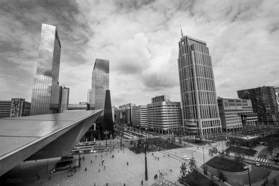 Stationsplein-Centraal Station -ZwartWit010©