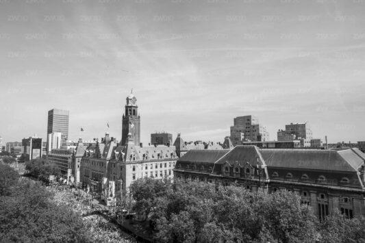 Rotterdam zwart wit foto van ©ZwartWit010. Feyenoord Huldiging Coolsingel