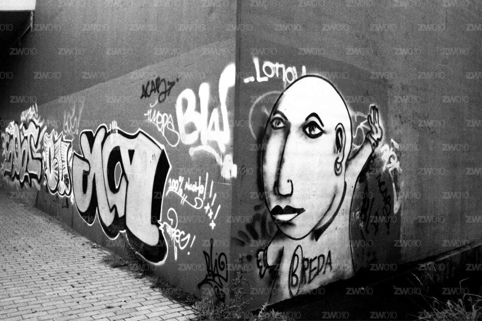 Rotterdam zwart wit foto van ©ZwartWit010. Streetart