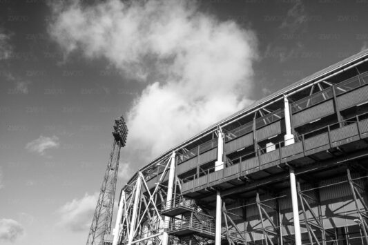 Rotterdam zwart wit foto van ©ZwartWit010 Stadion Feyenoord De kuip